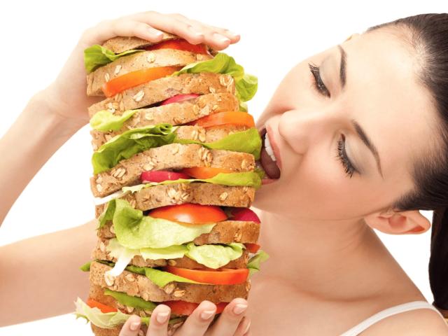 Повышенный аппетит при ПМС. Причины, последствия советы по питанию
